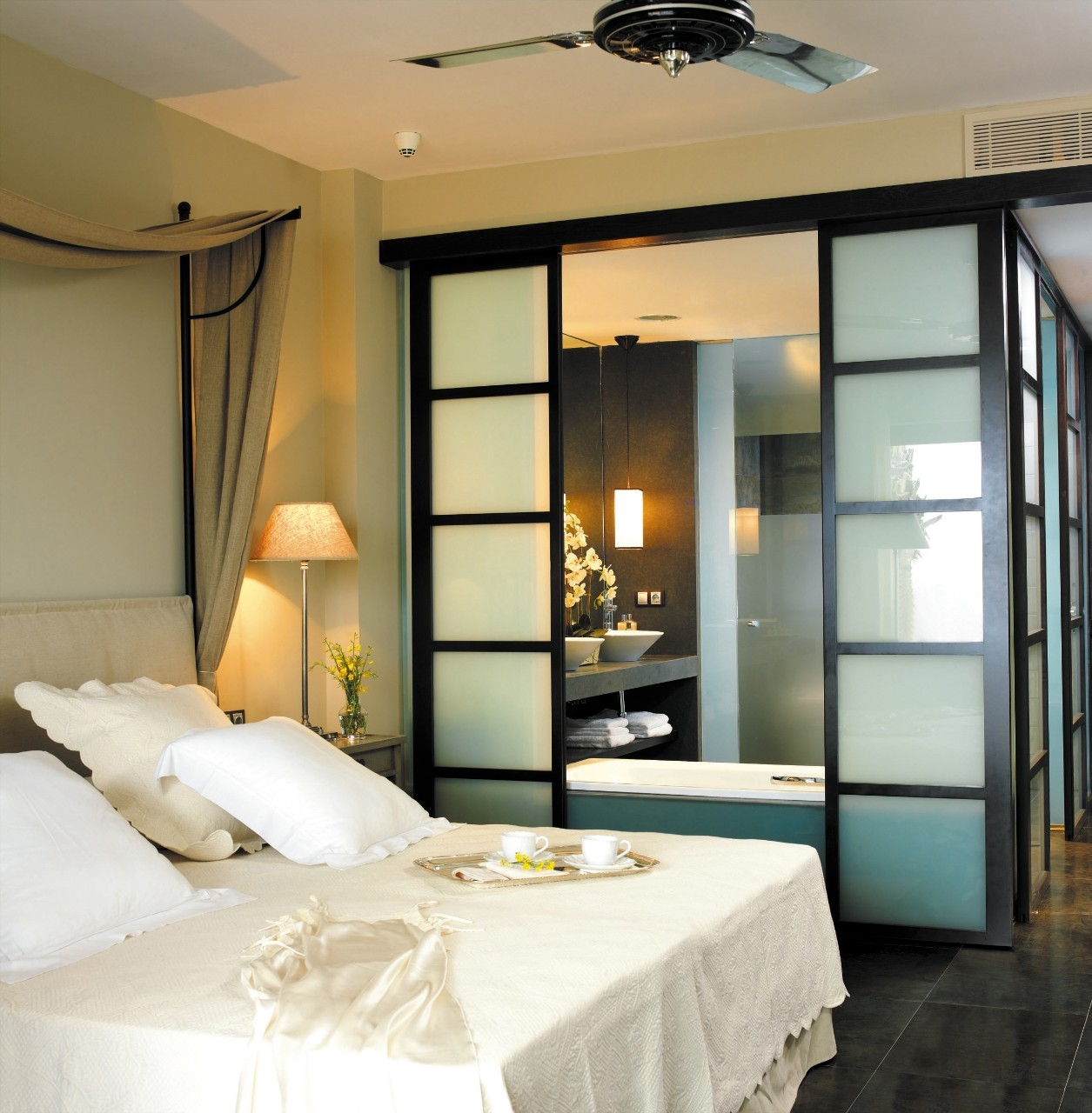 HOTEL 0001